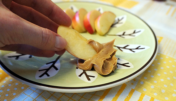 Apple & Peanut Butter Slices
