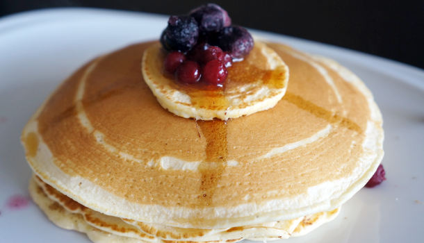 Fluffy Low FODMAP Pancakes